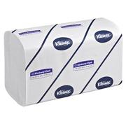 Karton 1080 handdoeken Kleenex Premier in elkaar geplooid 22 x 32 cm